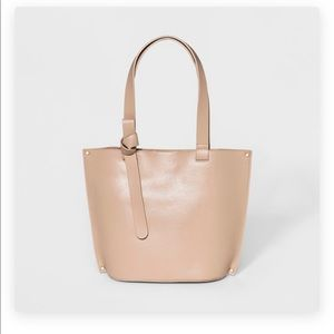 A NEW DAY: Tote